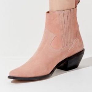 Urban outfitters pink suede Tina western bootie